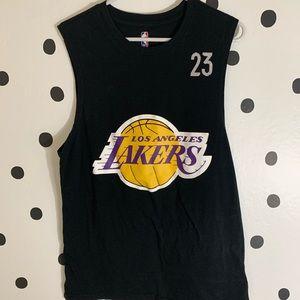 "EUC NBA LAKERS TANK TOP ""James 23"" size m"